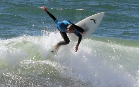 Club or team, surfers start strong