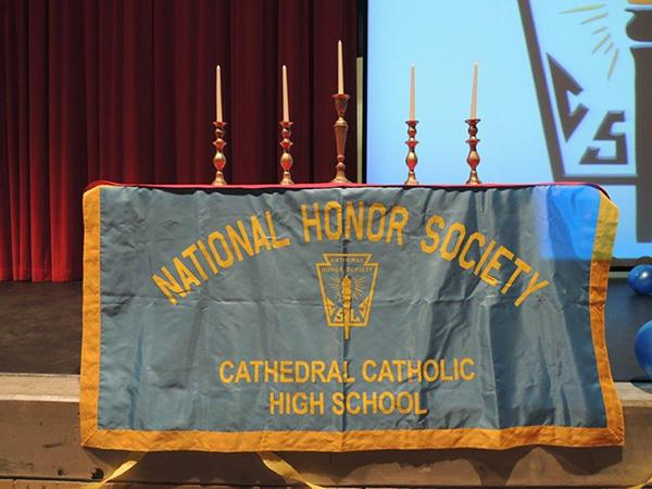 National Honor Society Empowers Students to Achieve