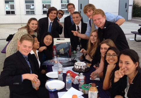 Speech and debate team aims to