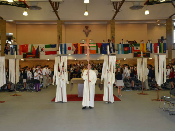 Peace and Justice Mass encourages students to strive for a better world