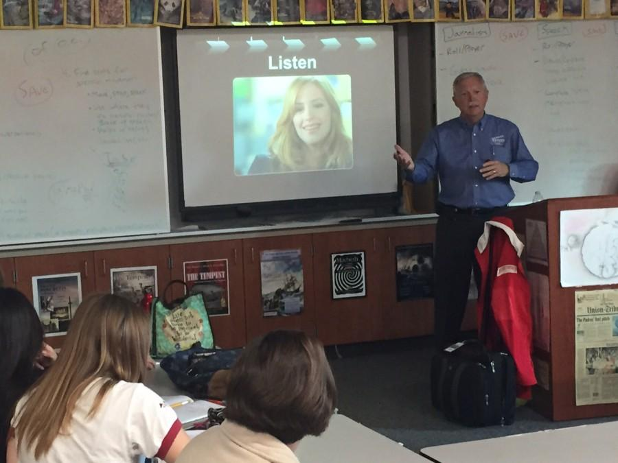 CNN reporter Greg Lefevre shares interviewing insights and journalism-related stories with El Cid staff members last week.