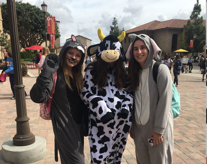 Kat McConville '18, Olina Philippoussis '18, and Danielle Lamanna '18 dressed up in the spirit of Halloween.
