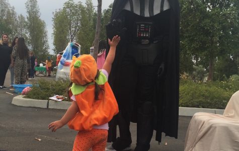 Dons show off their tricks at Trunk or Treat