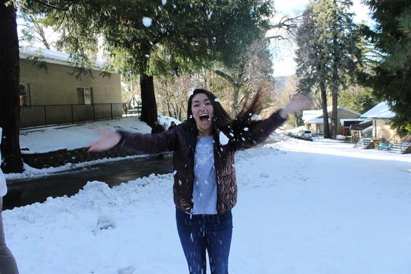 Enjoying the foreign weather, Emi Heisterkamp '17 radiates a big smile during the senior retreat at Palomar Mountain.