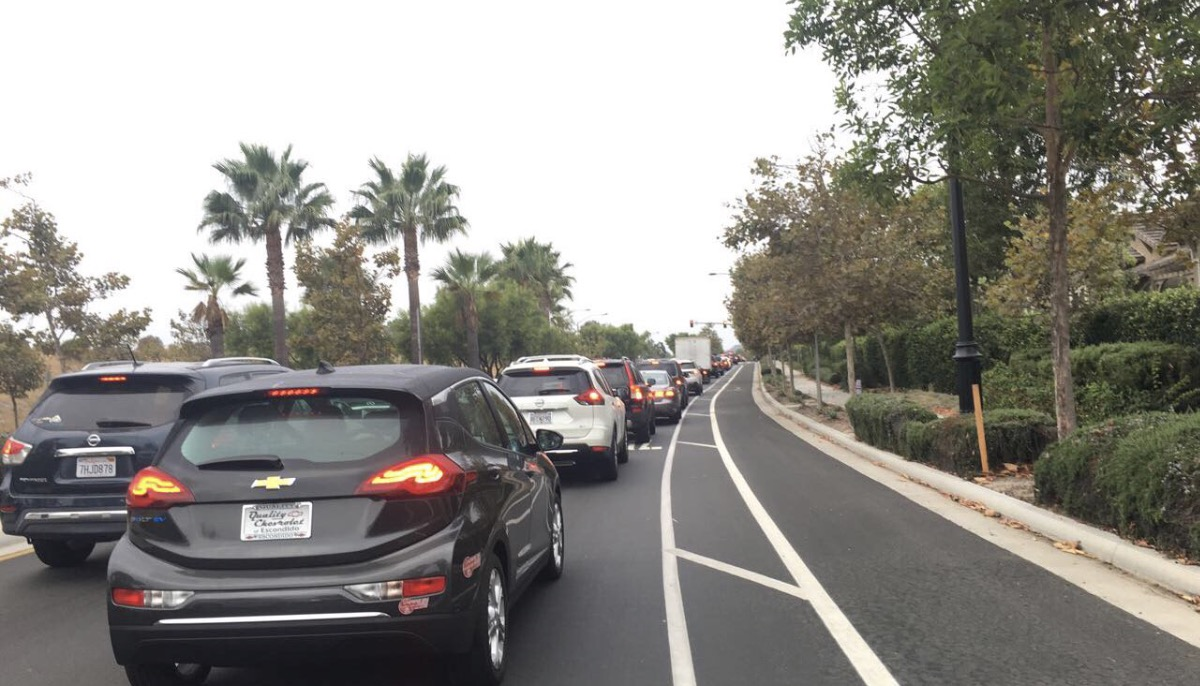Driving southbound on Carmel Valley Road and stalling at around 7:45 in the morning due to extreme traffic is one of the most pressing issues currently facing the Pacific Highlands Ranch community.