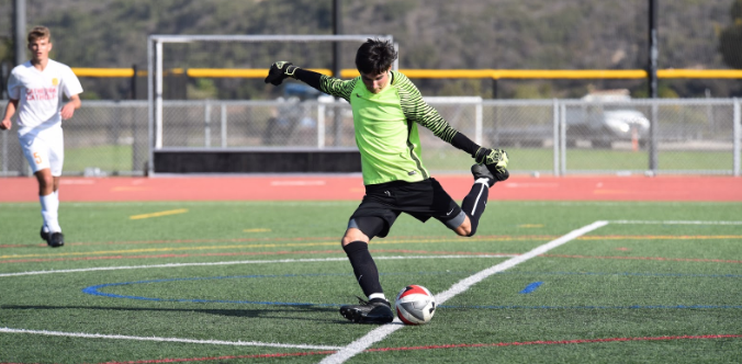 Cathedral+Catholic+High+School+student+athlete+Aidan+Cervany+%E2%80%9819+has+played+goalie+on+the+Dons+varsity+soccer+team+for+the+past+four+years%2C+allowing+him+to+represent+his+school+and+grow+closer+with+his+teammates.